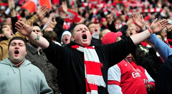 7 razloga zbog kojih bi žene trebale naći muškarca koji voli fudbal