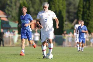 Aljoša Asanović veznjak koji je igrao za 2 reprezentacije