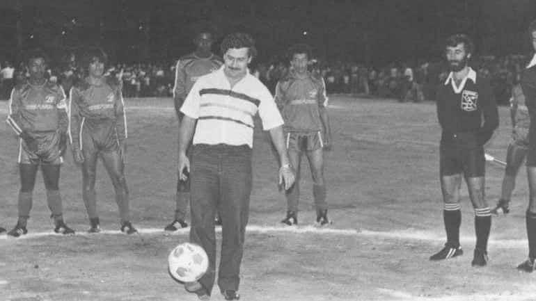 Pablo Escobar doveo Diega Maradonu