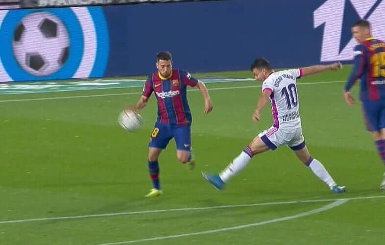 Barcelona se provukla