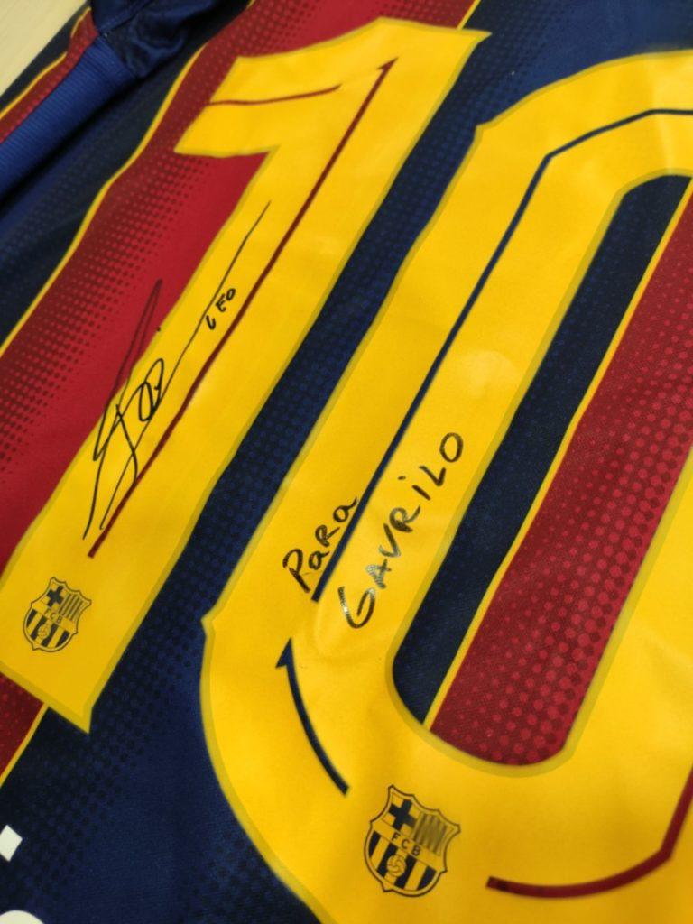 Mozzart ujedinio Messia i Ronalda: I Leo poslao potpisan dres za malog Gavrila!