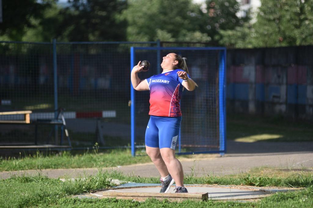 Za kraljicu sportova: Mozzart podržao Atletski klub Borac (FOTO)